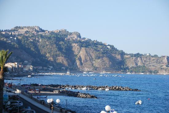 Hotel Costa Azzurra: vista mare dalla camera