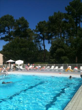 Belambra Clubs - La Palmyre : piscine et pataugeoire du club Belambra les mathes la Palmyre