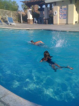 Extended Stay America - Palm Springs - Airport: Clean, warm, gated and locked pool