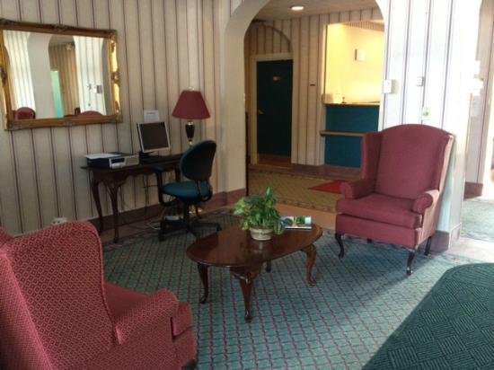 Riverside Inn Bangor: Lobby