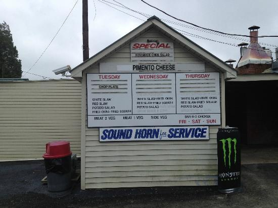 Smiley's BBQ: Still Offer Curb Service - Just Honk