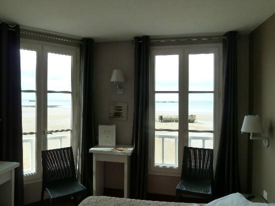 Hotel de la Marine : The rooms are decorated with light colours.