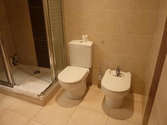 Hostal Balcon al Mar : Room 25 (bathroom)