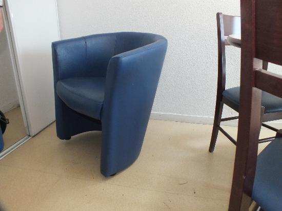 Appart'City Compiegne : un fauteuil bancal
