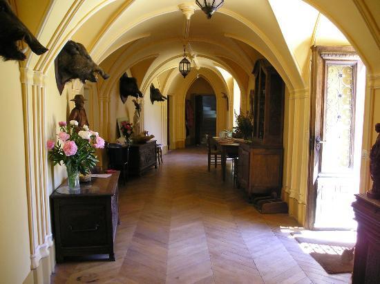 Chateau de Bresse sur Grosne: -