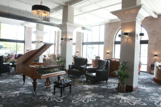 The Mining Exchange A Wyndham Grand Hotel & Spa: Piano with a history