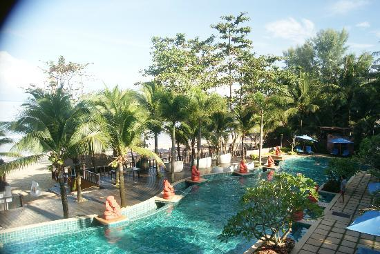 Andaman White Beach Resort: view over the pool