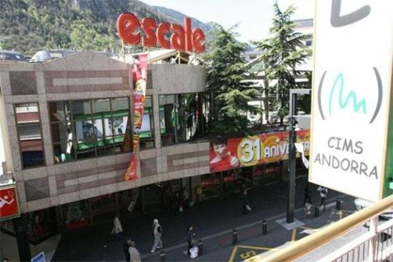 Hotel Cims: Supermarket