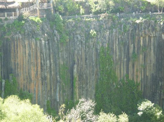 Prismas Basalticos: Prismas basálticos, Huasca de Ocampo