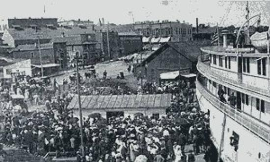 1910 Hotel Nichols