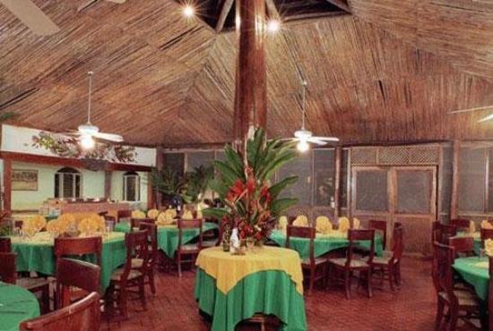 Tortuguero Jungle Lodge: RESTAURANT