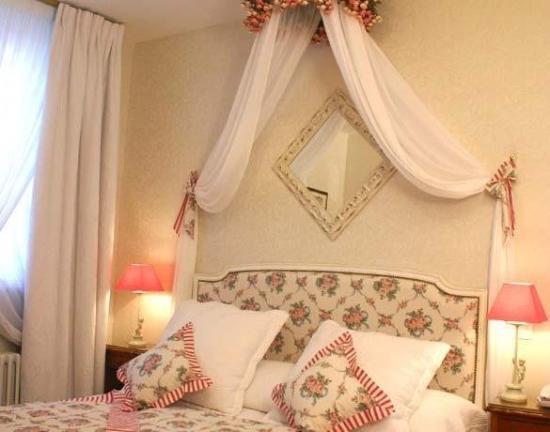 Grand Hotel Dechampaigne: ROOM
