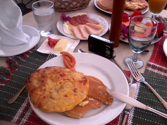 Posada Don Elicio : Desayunar a cuerpo de rey, sabroso y sano