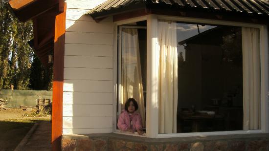 los alamos bungalows : sophia Basso en el boungalows los alamos ( dina huapi )