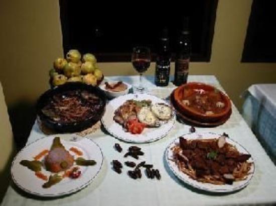Banos: Restaurant