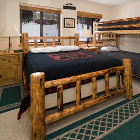 The Meadows at Kirkwood Resort: TMBRBedroom