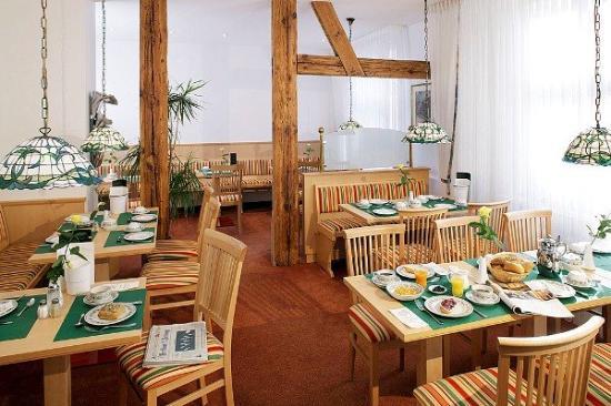 Hotel Benn: Breakfastroom