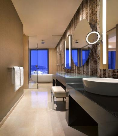 Grand Hyatt Macau: Grand Deluxe King - Bathroom