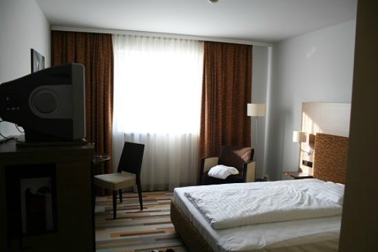 Mercure Graz City: Privilege Zimmer - Wohn-/Schlafbereich