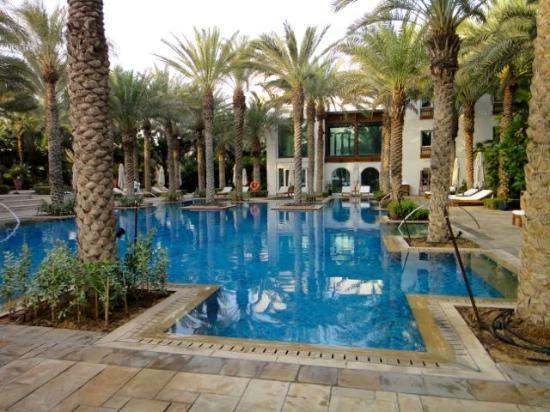 Park Hyatt Dubai: Der Pool