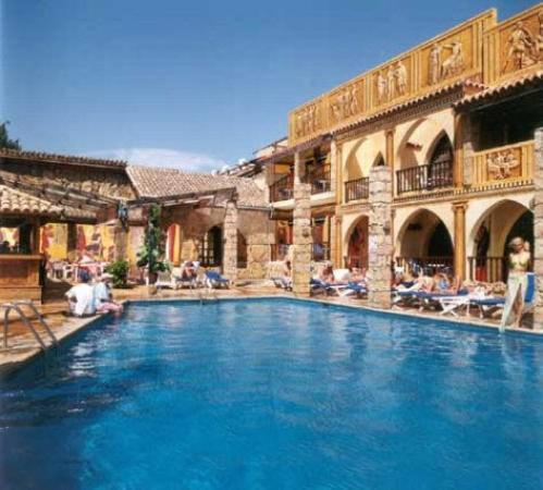 Roman boutique hotel paphos cyprus reviews photos for Boutique hotels cyprus