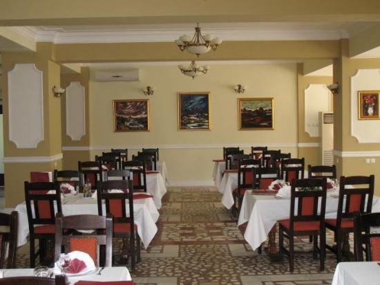 Hotel Crang : Restaurant