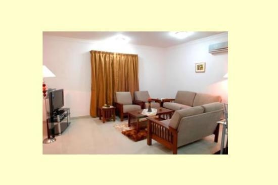 La Villa Inn Hotel Apartments: Superior Living Area