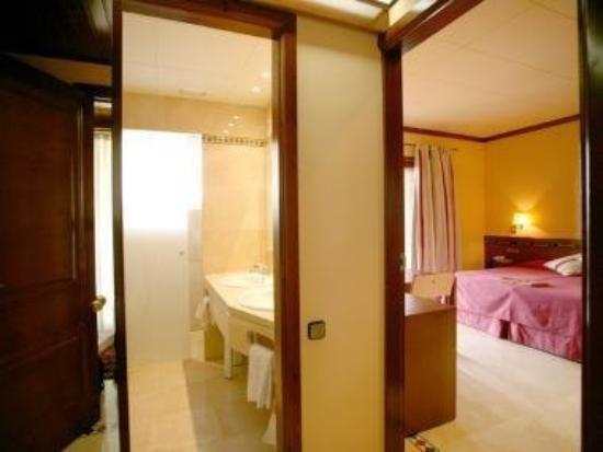 Hotel Santa Marta: HABITACION