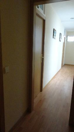 Hostal Machin: Corretor do último andar - quartos privativos com banheiro compartilhado