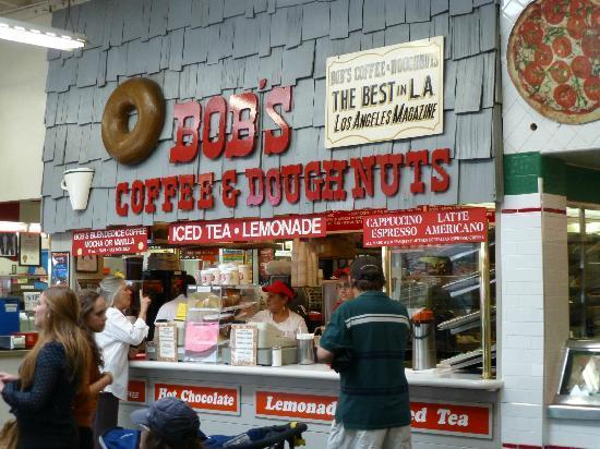 Los Angeles Urban Adventures: Yummy beignets at the farmer's market