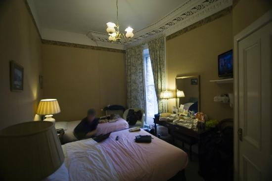 A-Haven Townhouse Hotel: Room