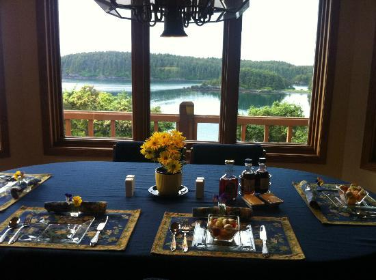 A Channel View B&B: View at breakfast every day