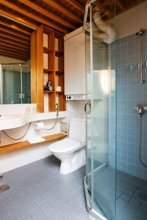 Lapland Hotel Saaga: Guest Bathroom