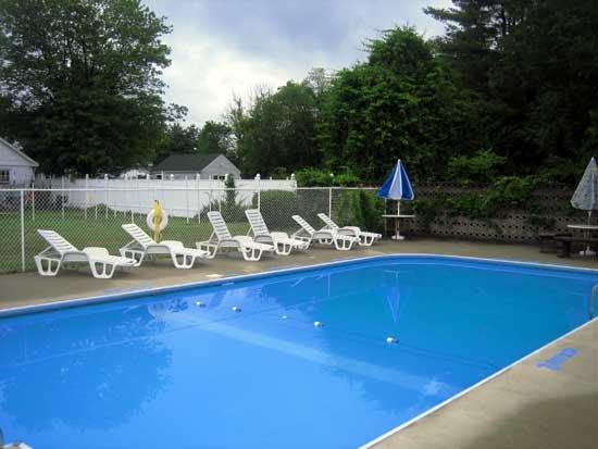 Budgetel Inn South Glens Falls: Pool