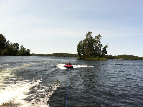 Burntside Lodge: tubing on Burntside lake