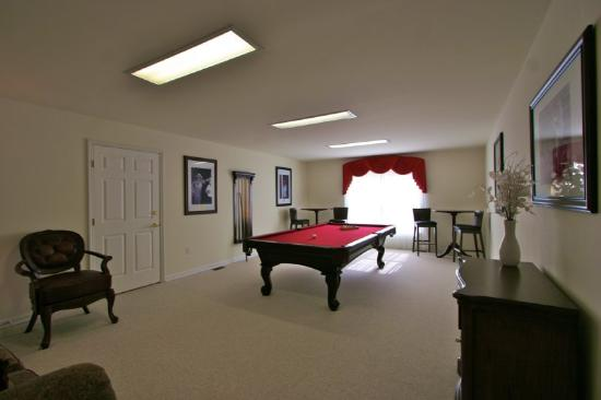 The Village at Pocono: Billiards -Table -