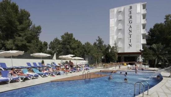 azuLine Hotel Bergantin : Pool