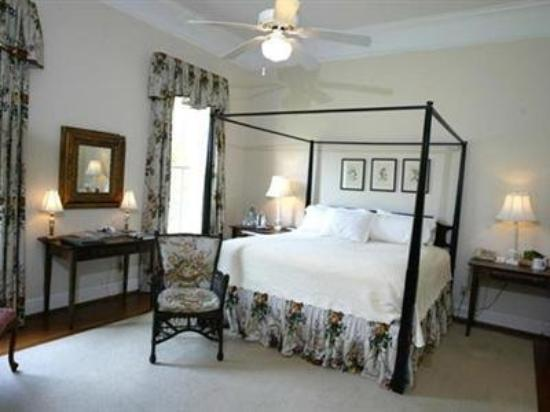 Henderson Village Country Resort : Guest Room