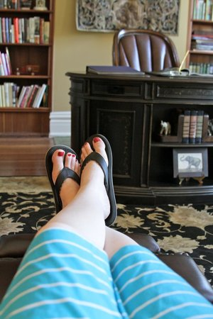 Riverside Inn Bed & Breakfast: Lounging in the study