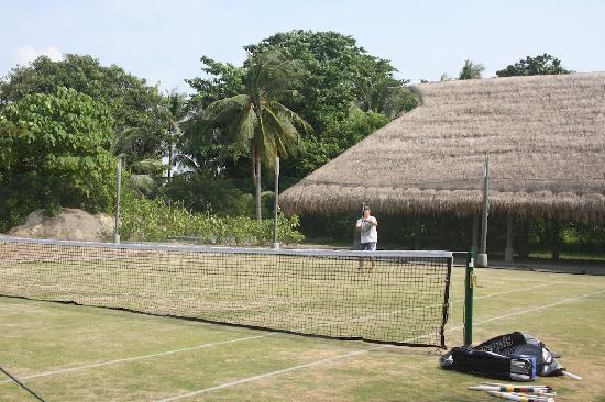 Nikoi Island Grass Tennis Court