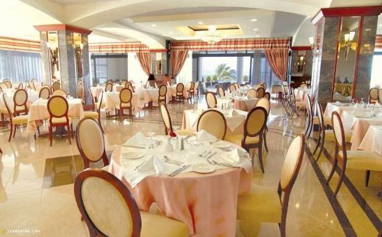 Kipriotis Panorama Hotel & Suites: Restaurant