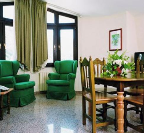 Aparthotel Casa Vella: Guest Room