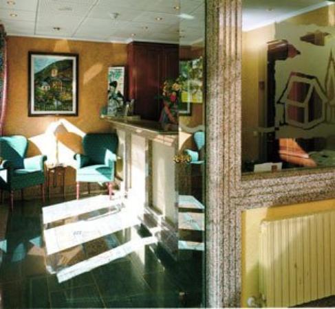 Aparthotel Casa Vella: Lobby