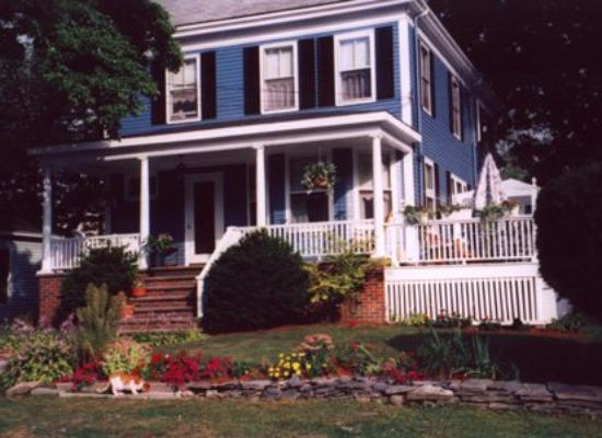 Fleetwood House Bed and Breakfast: exterior