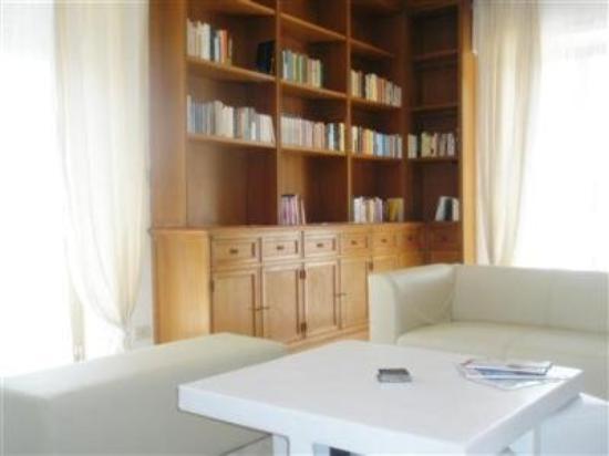 Ganymedes Palace: Interior