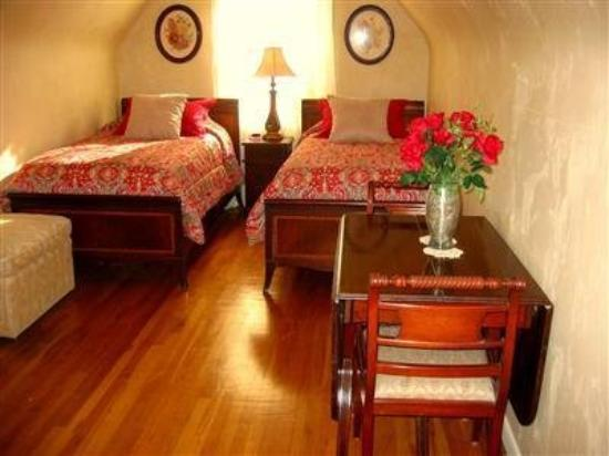 The Fillmore Inn: Guest Room