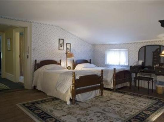 Neighbour House Bed and Breakfast: Bedroom