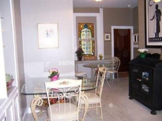 River Line Inn: Interior Dinning Room