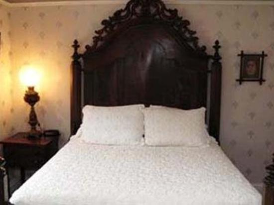 Normandy Inn: Guest Room