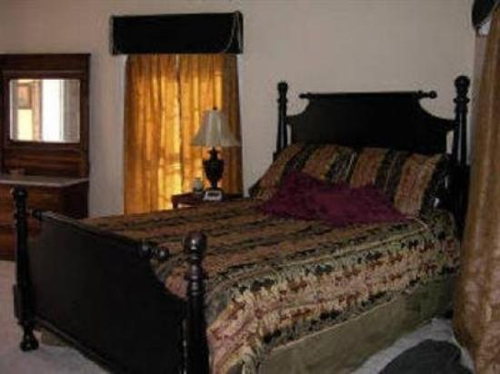 Springhill Winery & Plantation Bed 'n Breakfast: Guest Room